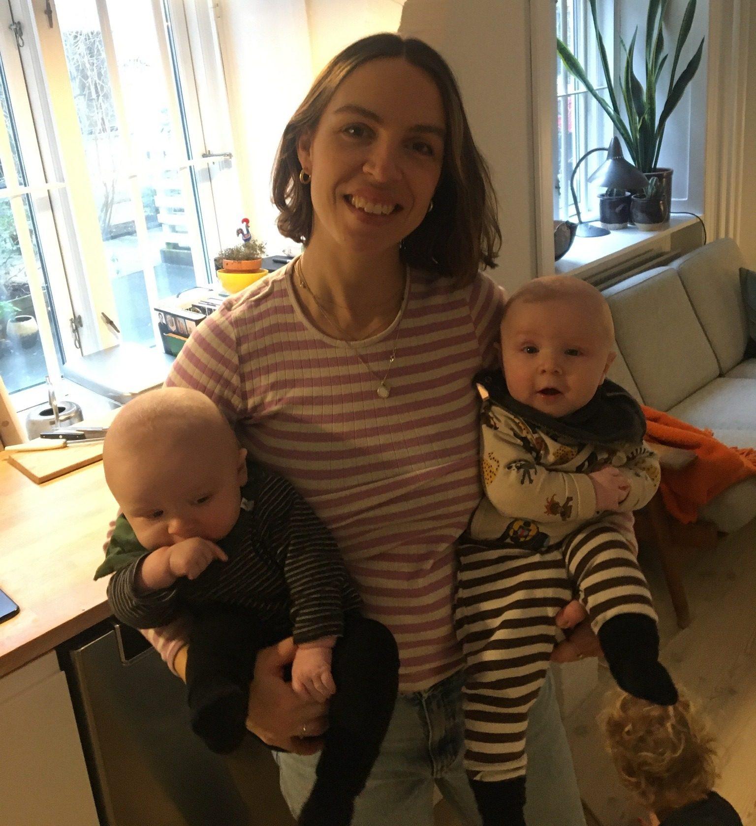 Anne med tvillingerne